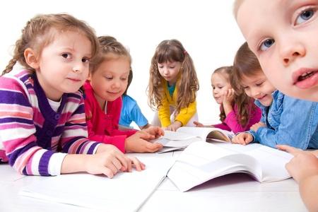 Bambini - archivio fotografico 123rf.com