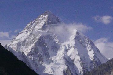 """Il K2 dalla """"Concordia"""", località di confluenza dei ghiacciai - Foto Carlo Alberto Garzonio - Riproduzione riservata"""