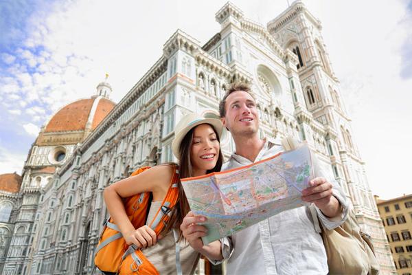 Turisti a Firenze - (Diritto d'autore: maridav / 123RF Archivio Fotografico)