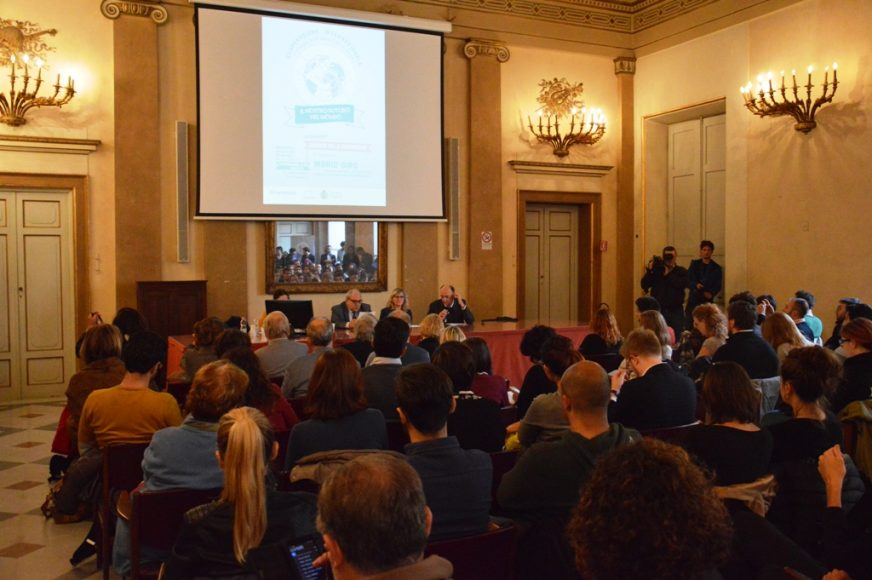 Palazzo Fenzi, 7 novembre 2017 - Un momento dell'incontro con il vice ministro Mario Giro