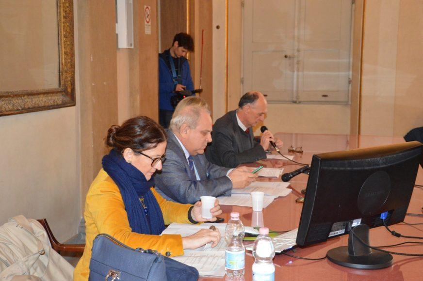 Palazzo Fenzi, 7 novembre 2017 - Da sinistra la vicesindaca Cristina Giachi, il vice ministro Mario Giro, il direttore del Dipartimento SAGAS Stefano Zamponi