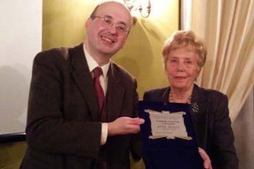 immagine Rita Pierini con Sergio Audano dell'Associazione Italiana di Cultura Classica