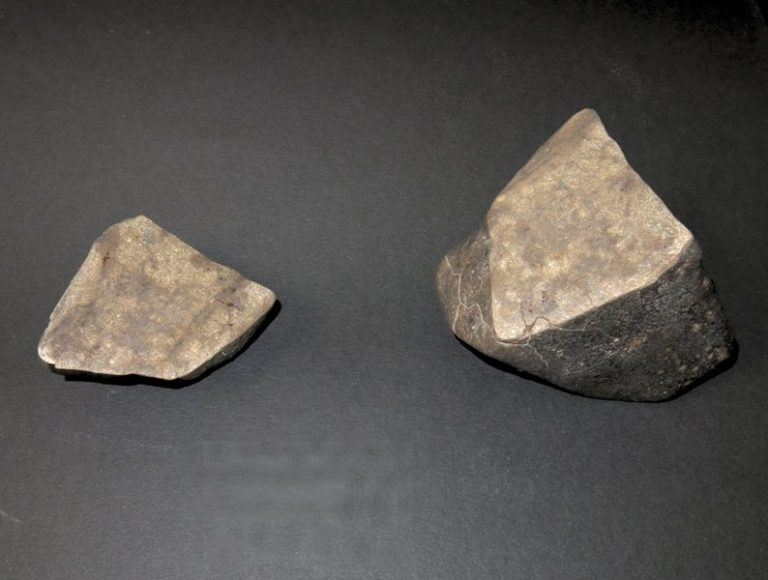 La meteorite LE26 dopo il taglio
