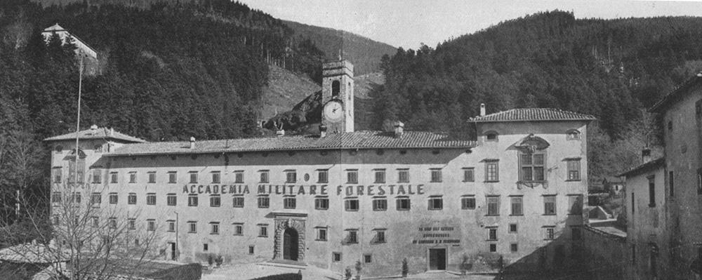 L' Abbazia di Vallombrosa, sede estiva dell'Accademia Militare Forestale, dal 1938 al 1944. (Foto resa disponibile da Duccio Baldassini)
