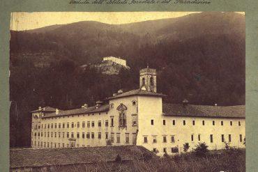 Vallombrosa – Veduta dell'Istituto Forestale e, sullo sfondo, del Paradisino. (Foto resa disponibile da Duccio Baldassini)