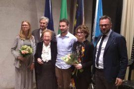 Eleonora Forzini riceve Premio Giovanni Lorenzin