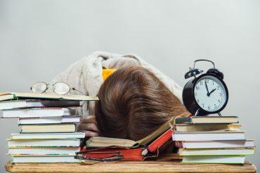 sveglia studente scuola