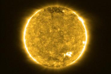 FOTO Solar Orbiter/EUI Team/ ESA & NASA; CSL, IAS, MPS, PMOD/WRC, ROB, UCL/MSSL