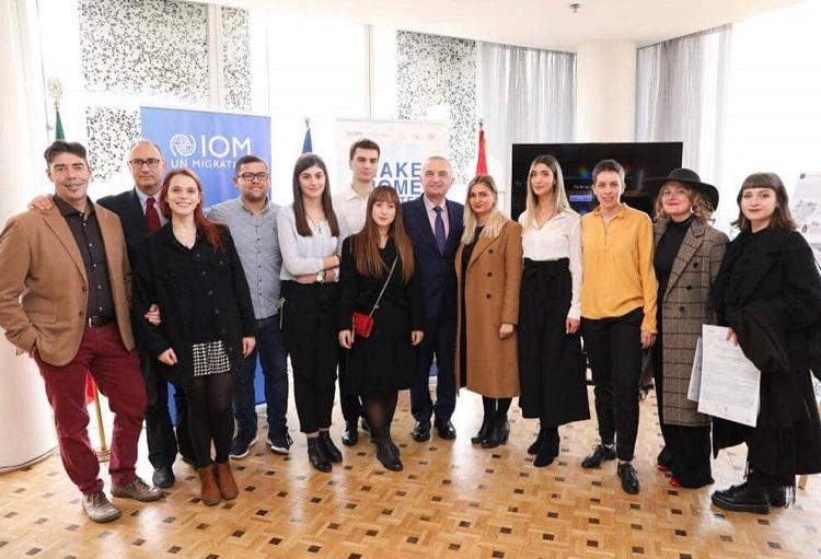 Mostra del progetto a Tirana (al centro il presidente della Repubblica Ilir Meta)