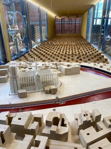 Il modello della Cattedrale di Notre-Dame di Parigi nella Galleria del Vento