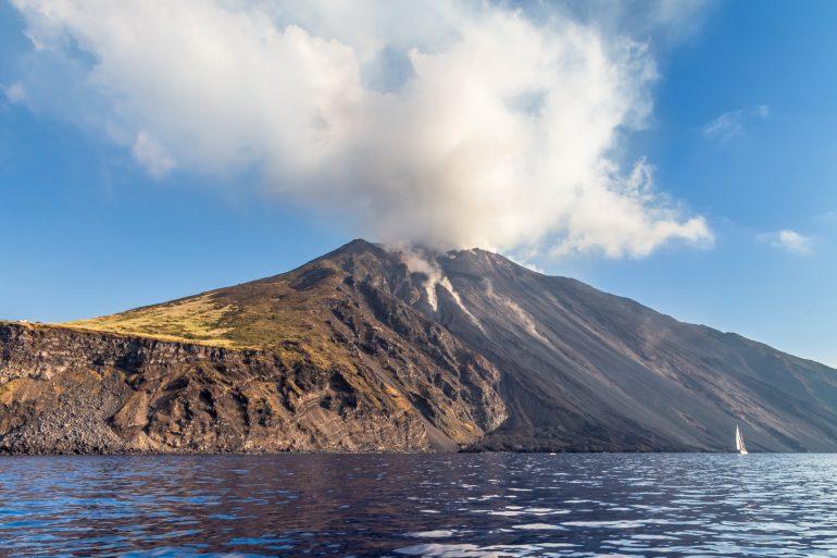 Volcano Stromboli Archipelago Eolie Sicily Italy pennacchi vulcanici