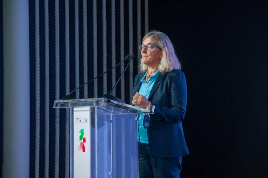 Giorgia Giovanetti, delegata della rettrice, interviene presso il Padiglione Italia all'Expo Dubai