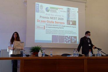 Giulia Serrano riceve il premio NEST 2020 nanoscienze